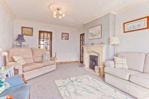Grange-over Sands Holiday Cottage Lounge - Kents Bank holiday