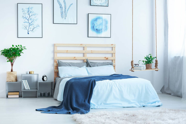 modern-bedroom-with-double-bed-P5CSV6G