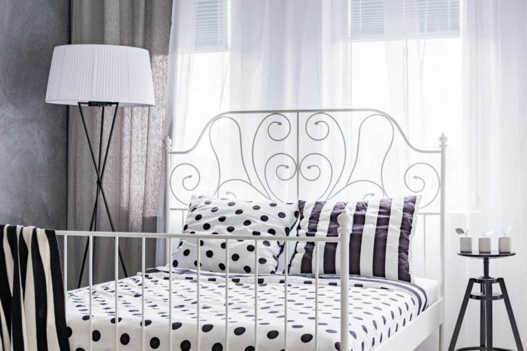 modern-designed-bed-in-bedroom-PC2QQC5
